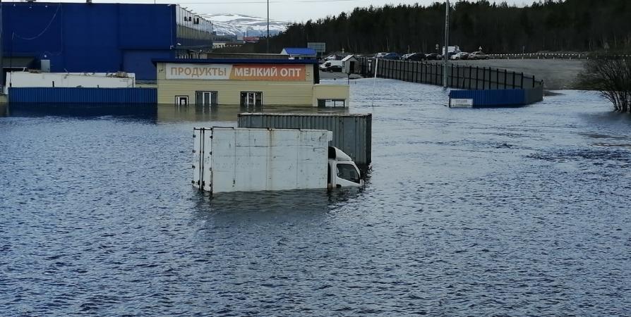 Минувшая весна в Мурманске запомнится единственным за 70 лет потопом