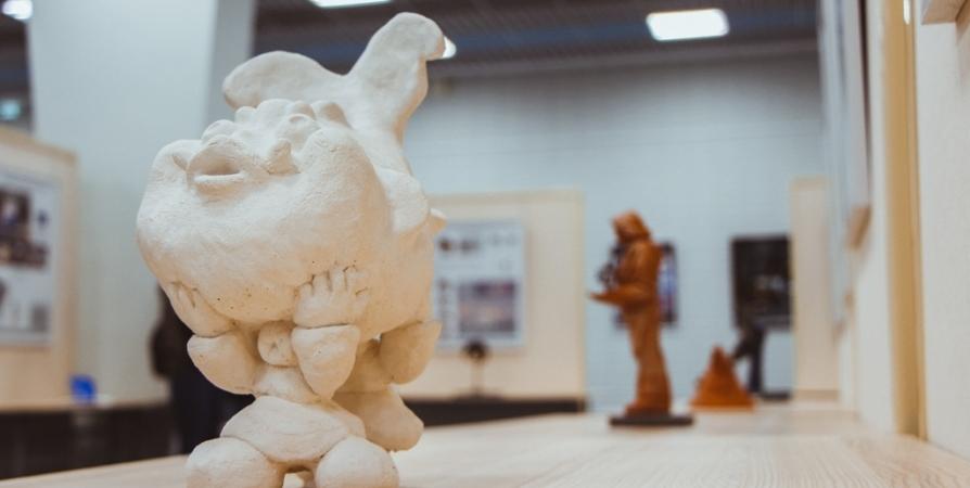 В Мурманске до 11 января продлится выставка скульптур от студентов МАГУ
