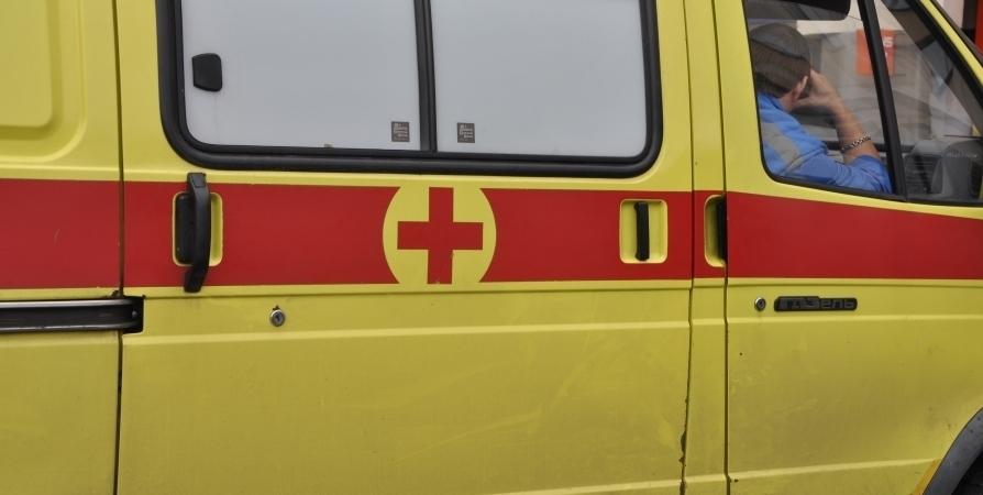 Четверо стали жертвами ДТП с грузовиком под Полярными Зорями