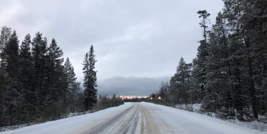 Участок трассы на подъезде к Заполярному перекроют на пять дней