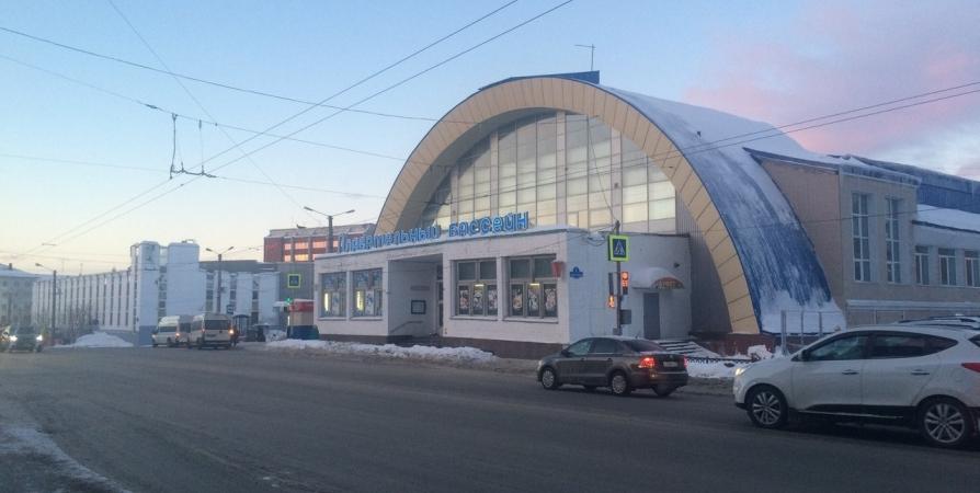 В Мурманске выберут бассейн для 6000 бесплатных сеансов плавания