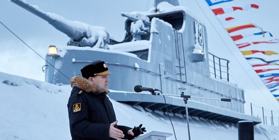 В Североморске отметили 80-летие поднятия флага на подлодке «К-1»