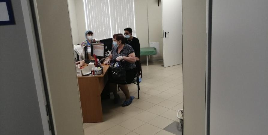 У врачей появились планшеты с историями болезней северян
