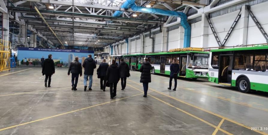 Два автобуса нового уровня комфорта пустят в марте в Заполярье