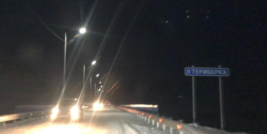 Сегодня ночью вновь закроют дорогу на Териберку из-за непогоды