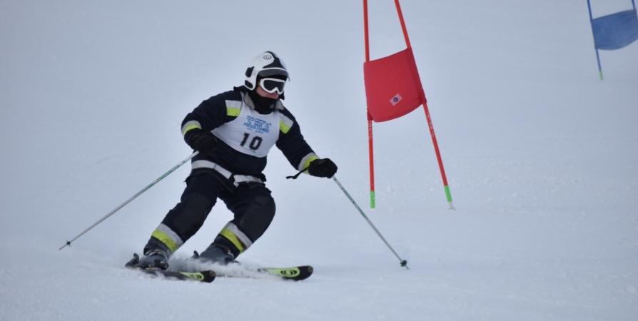 Соревнования по горным лыжам среди пожарных в экипировке состоятся в Хибинах