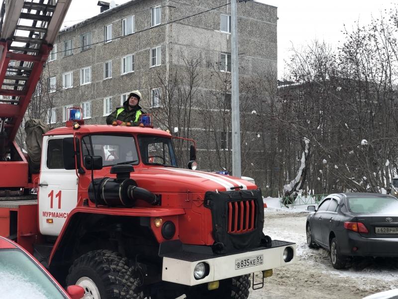 В мурманском ТЦ на Семеновском озере ликвидировали пожар