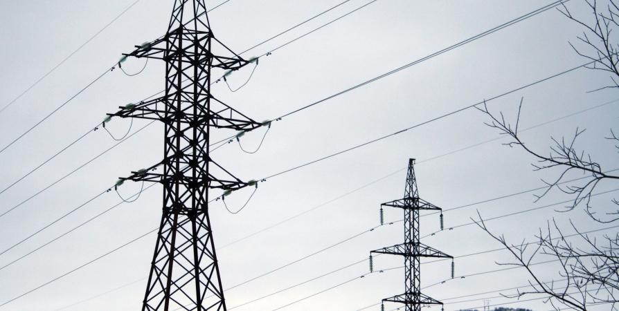В Варзуге восстановлено электроснабжение специалистами «Россети Северо-Запад»