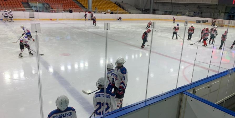 Мурманский лед впервые принимает первенство СЗФО по хоккею