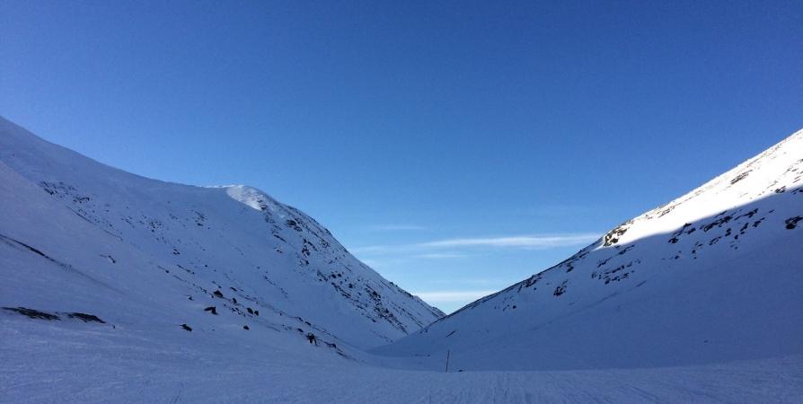 Двое туристов питерской группы потерялись при спуске с перевала в Хибинах