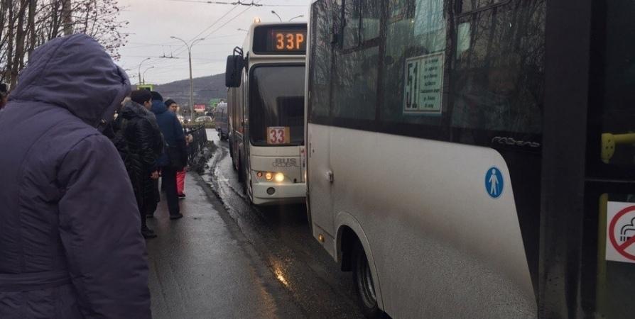 В Мурманске автоинспекторы поймали пьяного водителя автобуса