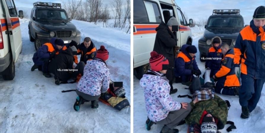 В Ретинском спасатели оказали первую помощь травмированному мужчине