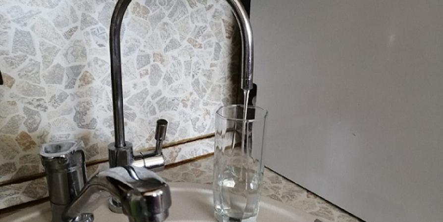 Жителям Никеля рекомендуют пока не использовать воду из-под крана