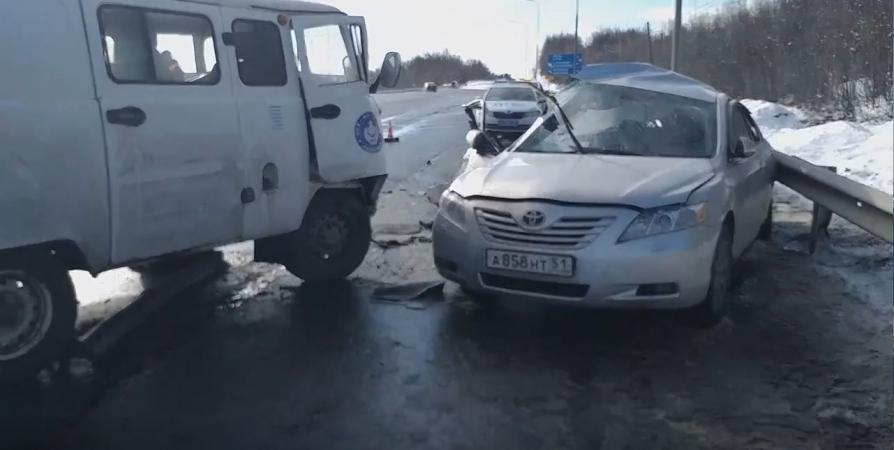 Из-за выезда на «встречку» произошло смертельное ДТП под Мурманском