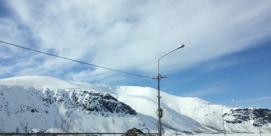 Сегодня в Кировске на двух участках спустят лавины