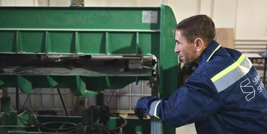 «Арктический» резидент в Заполярье изготовит уличную мебель из вторсырья
