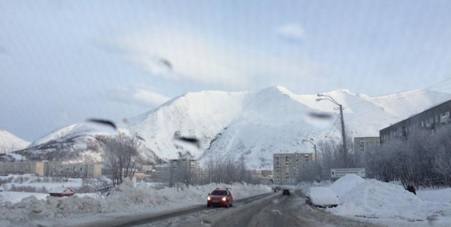 Из-за спуска лавин перекроют дорогу на Расвумчоррский рудник