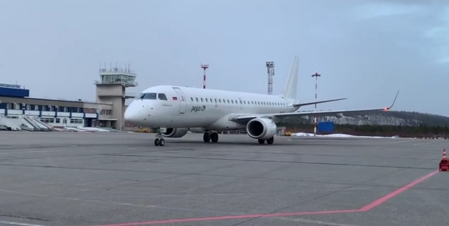 Из Мурманска запущены авиарейсы в Казань и Нижний Новгород [видео]