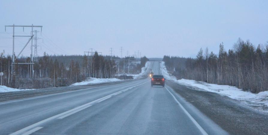 Мурманская ГИБДД рекомендует автомобилистам не менять резину до середины мая