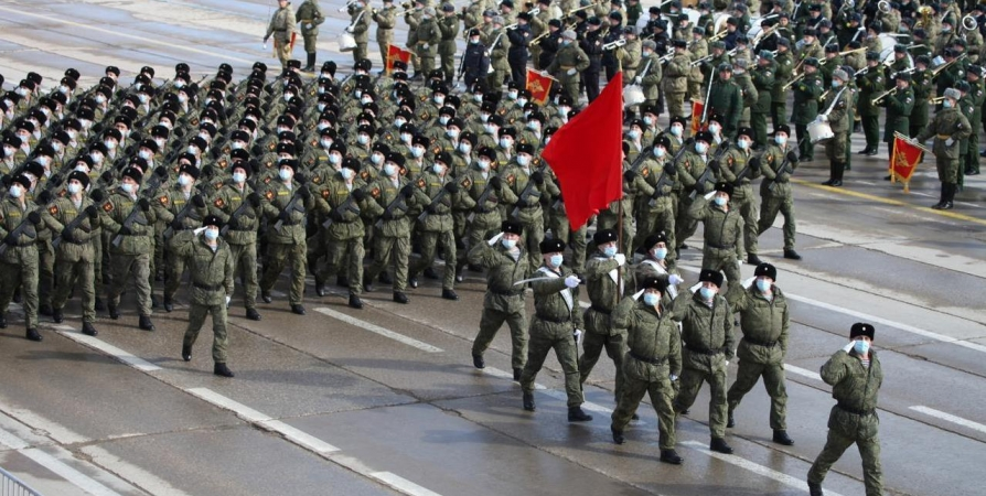 На параде в Москве пройдут «арктические» танки и морпехи Северного флота