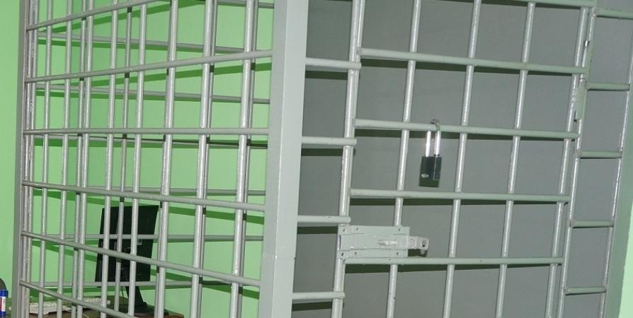 Трое суток ареста назначили алиментщику из Мурманска