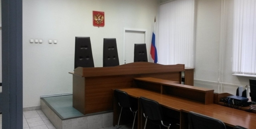 840 тысяч премии главы Кольского района суд признал незаконной