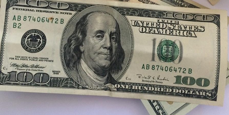 Количество фальшивой валюты за год в Заполярье снизилось в 6 раз