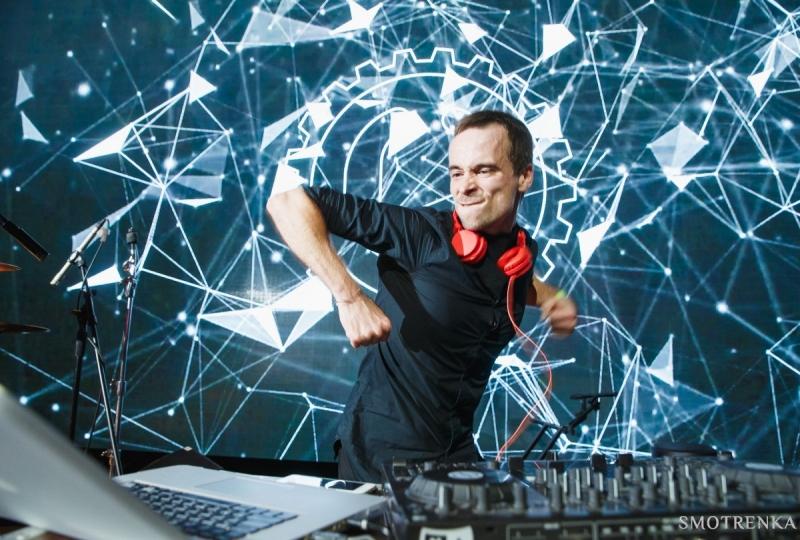 Для выпускников Мурманска выступят группа IOWA и DJ Егор Решетников