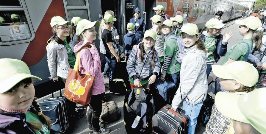 Завтра первые 150 юных северян отправятся на Черное море