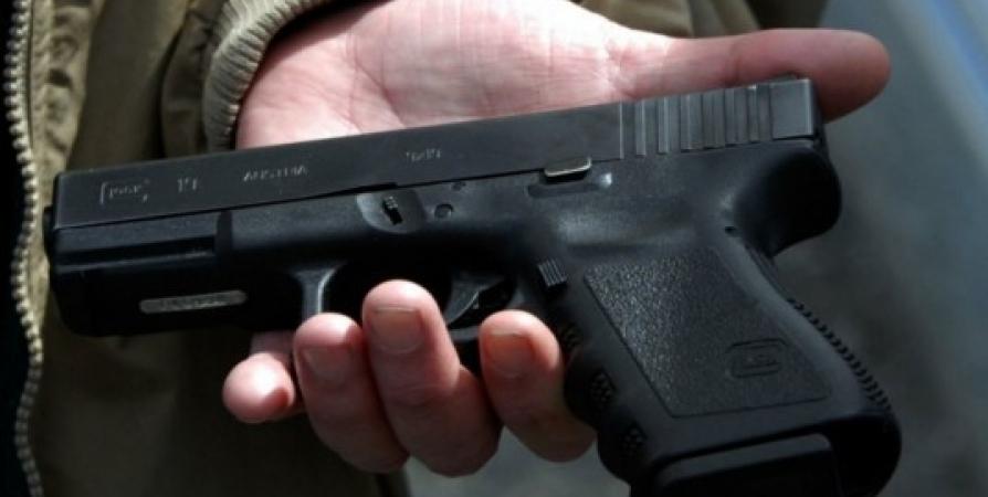 Мурманчанину за угрозу убийством пневматическим пистолетом грозит срок