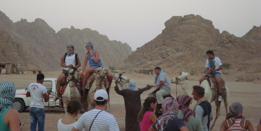 Мурманчанка задолжала за газ и тепло 240 тысяч и едва не лишилась поездки в Египет