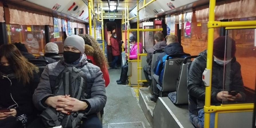 За перевозку пассажиров без маски в Заполярье грозит штраф до 300 тысяч